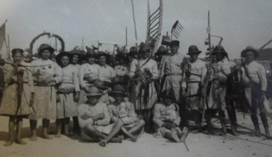 Sargaceiros de Castelo do Neiva na Parada Agrícola, 1949